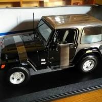 Diecast Mobil Jeep Wrangler Sahara Miniatur Jip Maisto Skala 1/18
