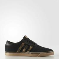 adidas Skateboarding Seeley // Black Camo Gum