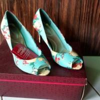 Dexflex Comfort Flowery Heels