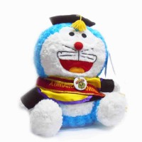 Doraemon boneka wisuda 40cm bordir nama di selempang wisuda