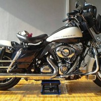 Dongkrak Moge - Dongkrak Harley Davidson