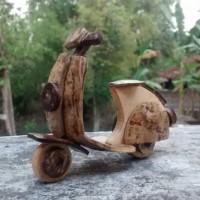 miniatur vespa batok 02