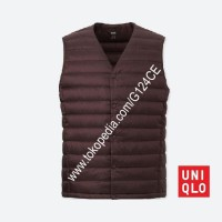 ROMPI PRIA UNIQLO COMPACT ULTRA LIGHT DOWN VEST 400500 UNGU WINE 19