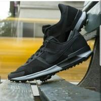 "Nike Air Pegasus "" Black white "" Premium Original / sepatu jalan jalan"