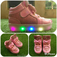 Ioanita Sepatu Boots Anak Perempuan LED Cantik