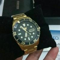 Seiko 5 Sports - Sea Urchin Gold Bekas