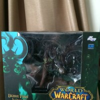 Warcraft deluxe collector demon form illidan stormrage action figure