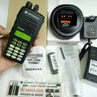 HT MOTOROLA ATS 2500 TRUNKING 800 MHZ INCLUDE CHARGER