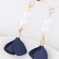 Anting Gantung Elegant Dark Blue Pearl&diamond Decorated Flower A49390