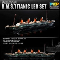 [Academy] 1/700 MCP RMS TITANIC WITH LED SET Plastic Model Kit 14220