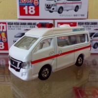 Tomica No 18 Diecast Miniatur Mobil Nissan NV350 Caravan Ambulance