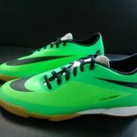 Sepatu Futsal NIKE HYPERVENOM PHADE IC