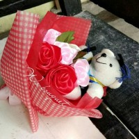bouquet bunga tangan bunga wisuda bunga boneka kado