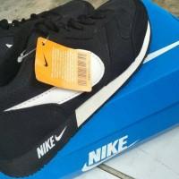 Jual Sepatu Sport Nike Waffle Trainer Hitam Putih Murah