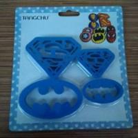 Cutter Batman dan Superman