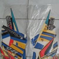 striping motor suzuki satria 120R 2003 kuning