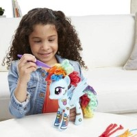 Hasbro My Little Pony Design-a-Pony Rainbow Dash 7-Inch Figure Kit