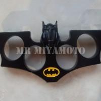 Knuckle Tinju Besi BATMAN Tebal, Full Solid Metal, Import