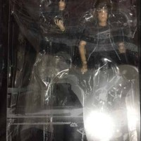 Jual Final Fantasy XV Play Arts Noctis action figure Murah