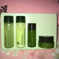 inisfree Green tea special kit