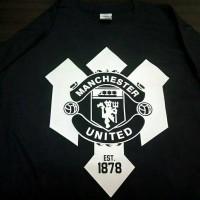 Kaos Manchester United logo / T shirt MU