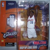 KING McFarlane LeBron James White Jersey Rookie Figure CLEVELAND CAVAL