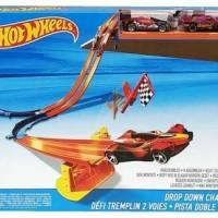 Hot wheels Race - Drop Down Challenge Track Set