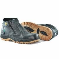 PROMO ! Sepatu Proyek Safety Boots Kickers Byson Kulit asli
