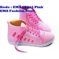 Sepatu Boots Elegan untuk Anak Muda Kode EMA SB013 Pink