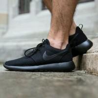 Sepatu Sekolah Nike Roshe Run One All Full Black Hitam Man Women Untuk