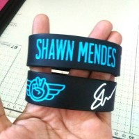 Gelang Wristband Shawn Mendes