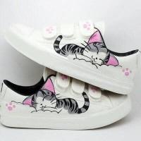 Sepatu Kets Kucing RN 13