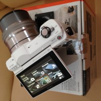 Jual Sony Alpha A5000 Fullset White Mirrorless Murah