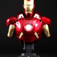 Hot Toys Iron Man Bust 1/4 Mark 7 VII
