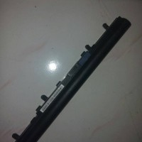 Baterai ori laptop acer aspire V5 series second like new
