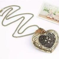 Jual Kalung Korea vintage hollow out heart pendant - T75A65 Murah