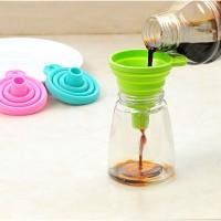Jual Corong air silicone minyak flexible lipat portable Praktis Murah