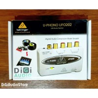 Behringer UFO202 USB 1.1 Digital Audio Interface with RCA Phono Preamp