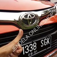 Emblem Logo Toyota Calya Depan Chrome