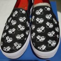 Jual Sepatu Keds Cewek Minnie Mouse Original Disney Slip On Murah