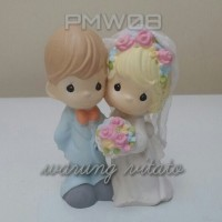 TOPPER KUE / WEDDING CAKE / PRECIOUS MOMENTS / PAJANGAN 12CM PMW08