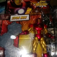 hasbro. marvel legends. epic heroes. classic iron man