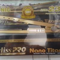 Catok / Catokan rambut Babyliss pro nano titanium gold 1.25 inch