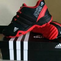 Sapatu sport pria ADIDAS AX2 merah hitam