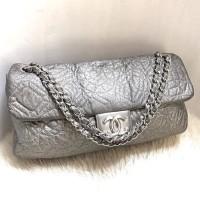Jual Preowned. Authentic Chanel silver patent vinyl camellia flap bag Murah
