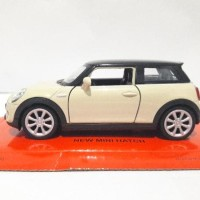 Diecast Welly Nex New Mini Hatch