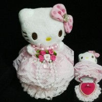 17 - Kotak cincin love Boneka hello kitty Boneka Kucing