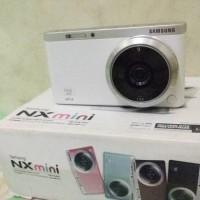 Jual Camera mirrorless samsung NX mini 20.3 mp with lensa 9mm f/3.5 ED Murah