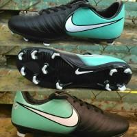 Sepatu Bola Nike Tiempo Hijau-Hitam list Putih Grade Ori