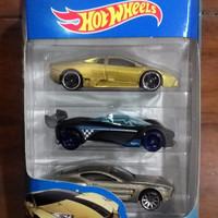 Hot Wheels Gift Pack Lambo Reventon & Mazda Furai